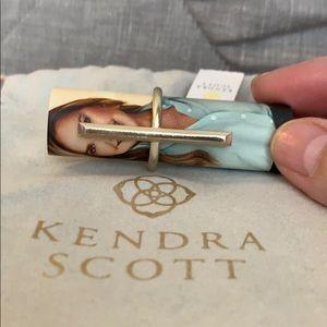NWT Kendra Scott Reggie gold ring